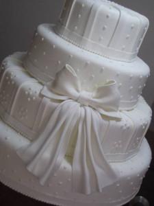 bolo-casamento-com-poa