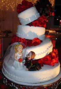 bolo-de-casamento-divertido
