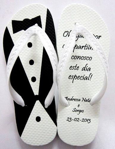 lembrancinha-casamento-padrinhos-chinelos-personalizados