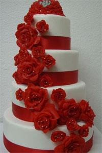Bolo de casamento Branco e vermelho