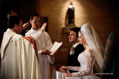 Como funciona o casamento católico