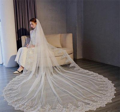 Véu de noiva longo ou tradicional